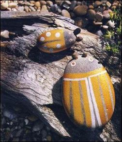 Жуки из камней